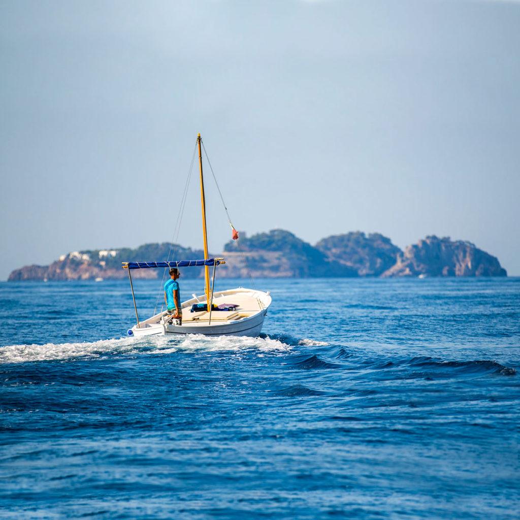 Li Gallli Excursion -Jolly Boat Positano